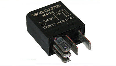 Genuine Volvo V70, S60, S80, XC70, XC90 Central / Rear Electronic Module Relay - Parts Monster